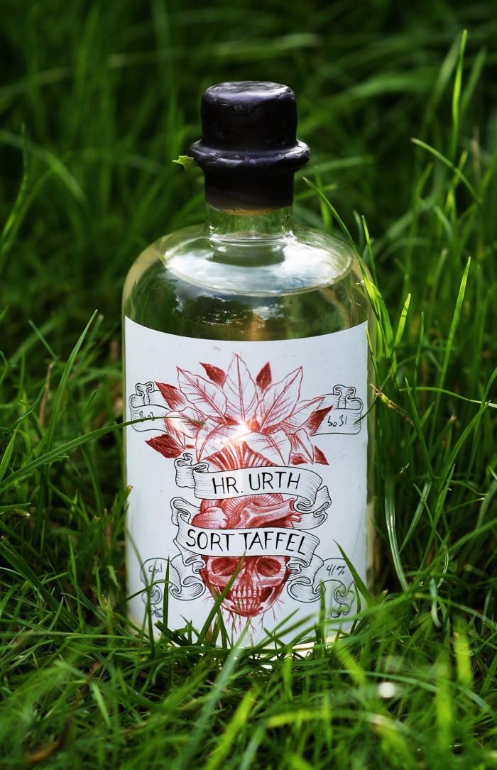 Sort Taffel aquavit by Sune Urth from Copenhagen Distillery.